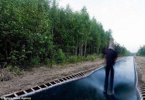 世界最长蹦床亮相俄罗斯