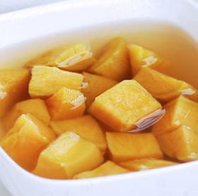 驱寒滋润 汤清水润红薯糖水