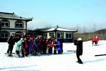 威海首家滑雪场开业
