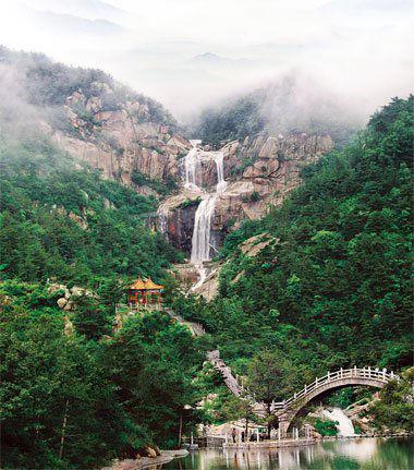 沂蒙云瀑洞天旅游区