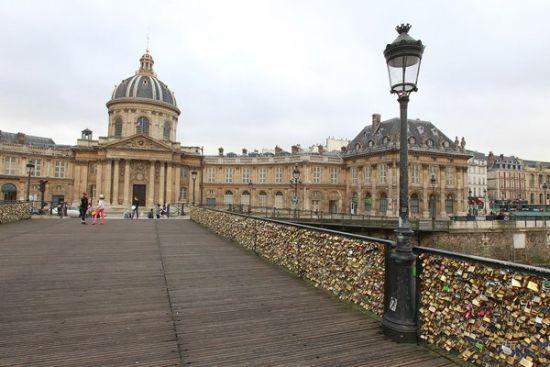 法国巴黎艺术大桥