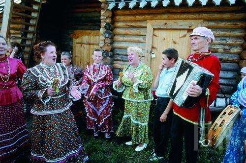 在俄罗斯,手风琴如同奔流在斯拉夫血管里的血液,肆意汪洋