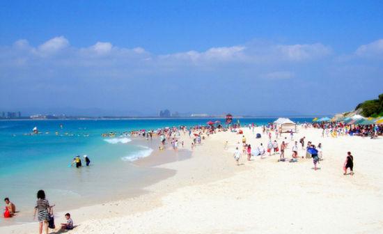 蜈支洲岛洁白的梦幻沙滩
