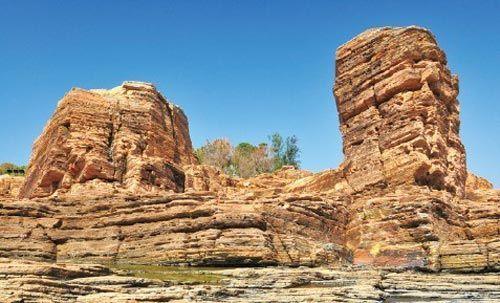 地质公园不是让专家去享受的,是让每一个普通游客、本地的民众来观赏的。
