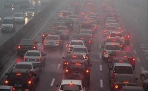 原因三:工业排放和面源污染
