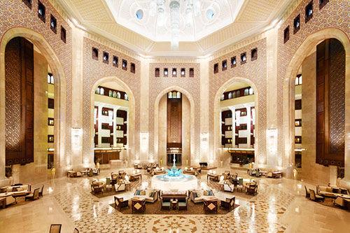 布斯丹皇宫酒店