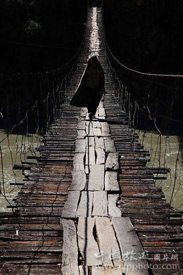 怒江索吊桥