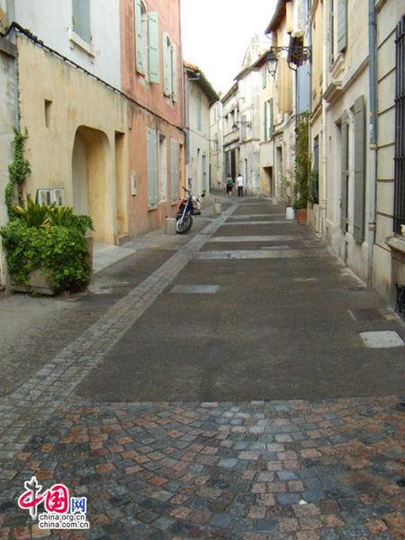 干净整洁的街道