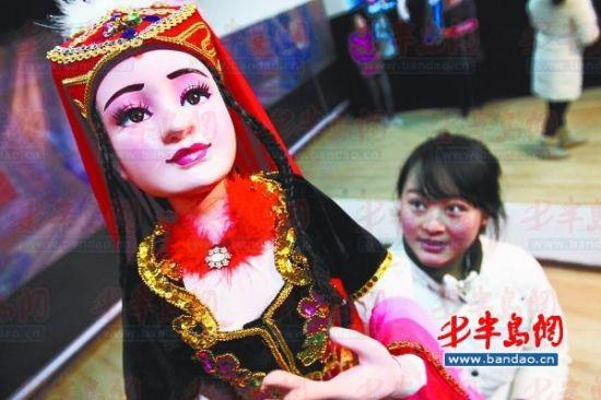 少数民族少女形象因极具美感,成为莱西木偶人物形象设计的方向之一。