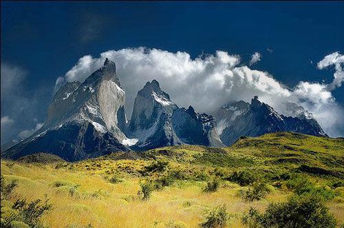 智利百内塔主峰