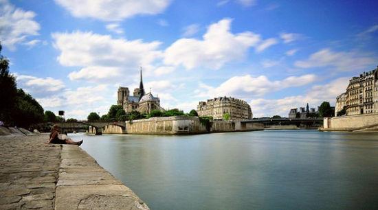 法国巴黎的圣路易岛(Ile Saint-Louis)