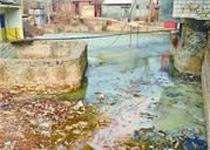 济南豆腐厂污水致河中泉眼淤死