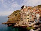 五渔村:依山傍海的世外桃源