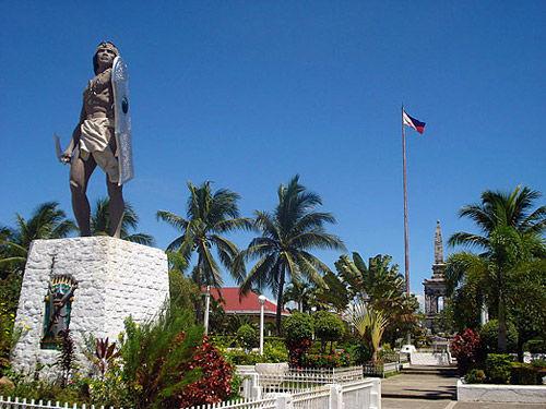 拉普拉普纪念碑(Lapulapu Monument)