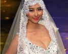 兽兽走秀国际时装周深V婚纱爆秀事业线