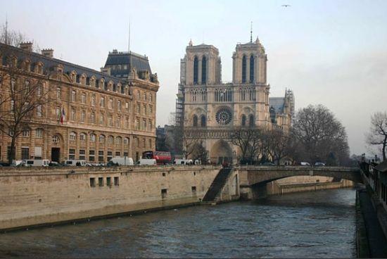 巴黎 法国
