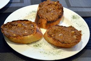 鸡肝泥烤面包