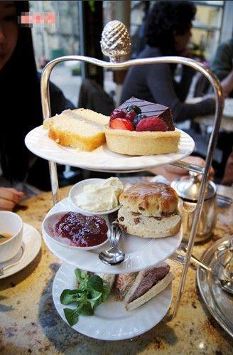 到英国最有名的下午茶餐厅品味英伦生活