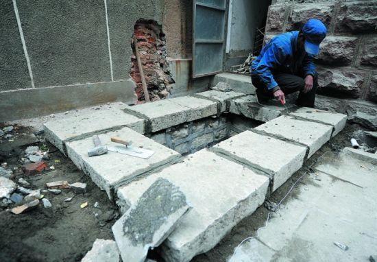 整修中的王庙池 记者刘畅摄