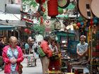 探访香港摩罗街领略古董街道文化
