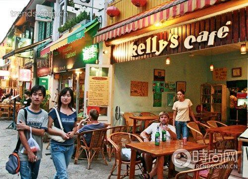 西街著名的玫瑰木餐厅