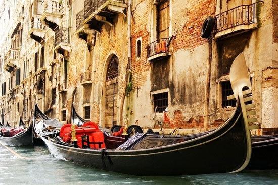 贡多拉是威尼斯水城的古老魂魄