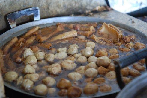 豆腐皮,面筋卷,各式肉丸