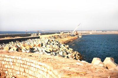 春雨渔港旅游码头建设现场。