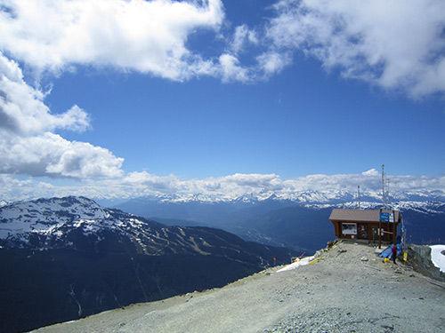 加拿大雪山