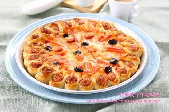 花边香肠披萨披萨