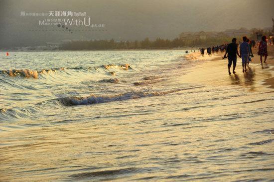 新浪旅游配图:夕阳下的亚龙湾 摄影:老虎
