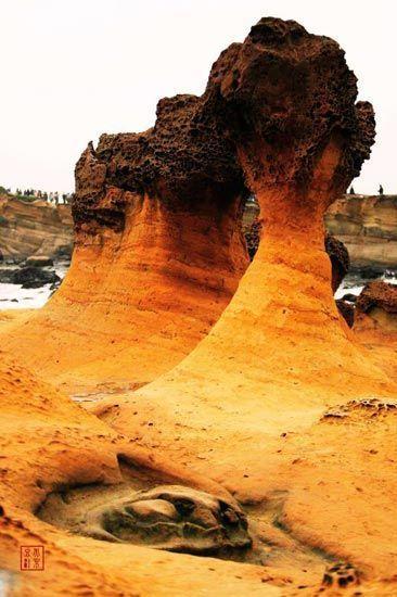 新浪旅游配图:鬼斧神工的海岸 摄影:北京豆汁