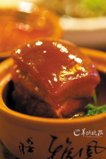 甜糯酥香的酱汁肉