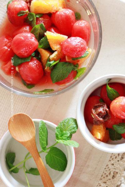 透凉清心的果香开胃前菜 薄荷梅汁腌小蕃茄