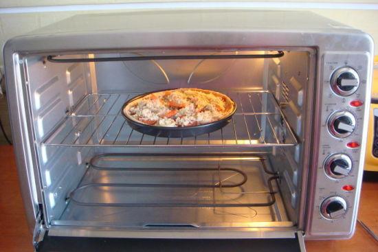 萨拉米鲜虾披萨