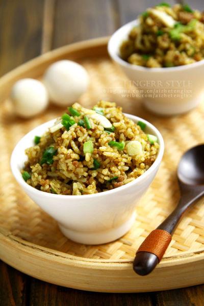 咖喱牛肉蘑菇炒饭