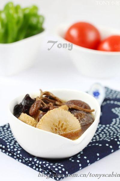 养生排骨菌类汤