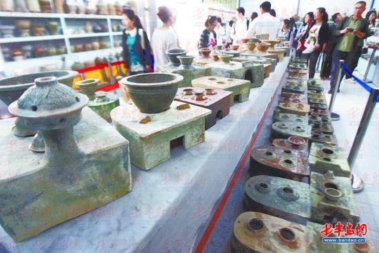 位于崂山区的汉砖博物馆吸引不少市民参观。记者 孙传浩