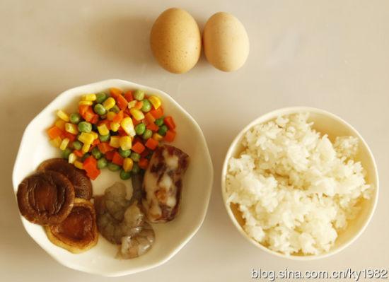 三鲜蛋炒饭