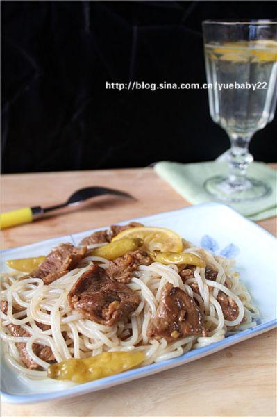 泡椒牛肉清凉米线