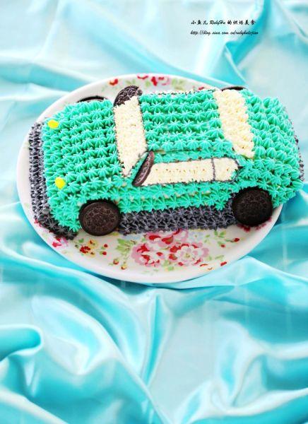 蓝3D汽车蛋糕