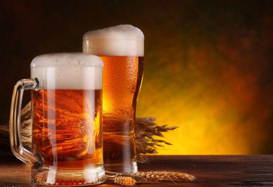 """""""啤酒肚""""与啤酒关系"""