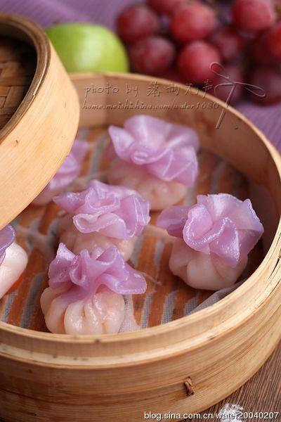 花边水晶虾包