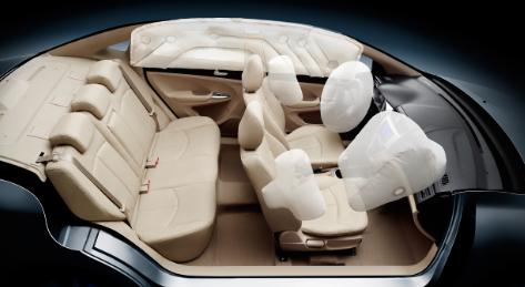 海马M3拥有六气囊与全系ESP电子稳定程序