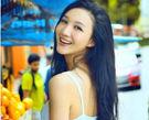 韩雯雯街头写真展现阳光女孩活泼本色