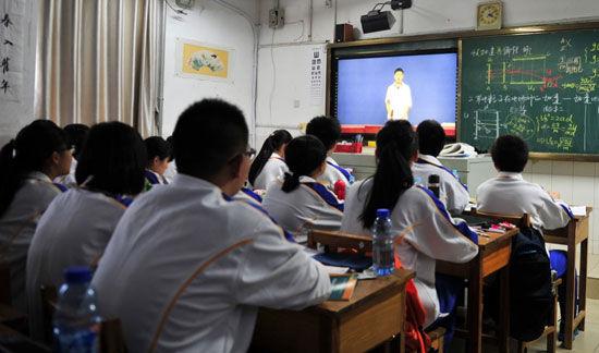 山师附中学生干部竞选现场(图片来源 中国新闻网)