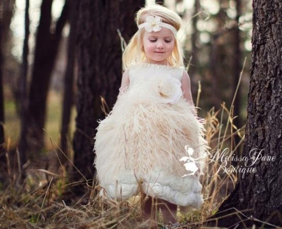 如何打扮超萌婚礼小花童