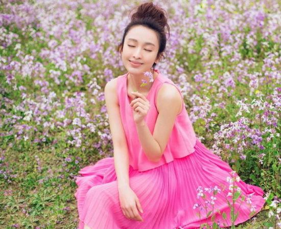 张俪森女系写真笑靥如花