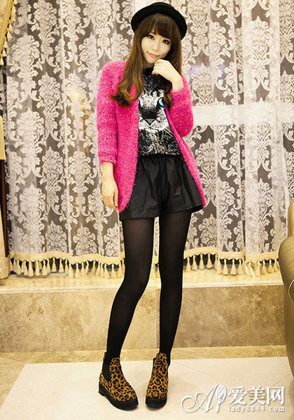 卫衣+外套 休闲舒适演绎趣味时尚