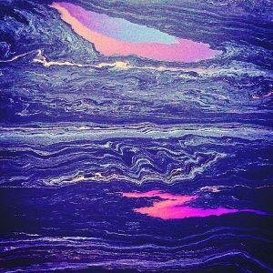 """2月2日,""""大石头""""海域海面上的油污。"""